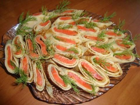 салаты из рыбы на праздничный стол рецепты с фото