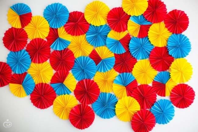 Цветы на стену своими руками из бумаги гофрированной