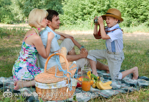 фотосессия на природе летом семейная фото