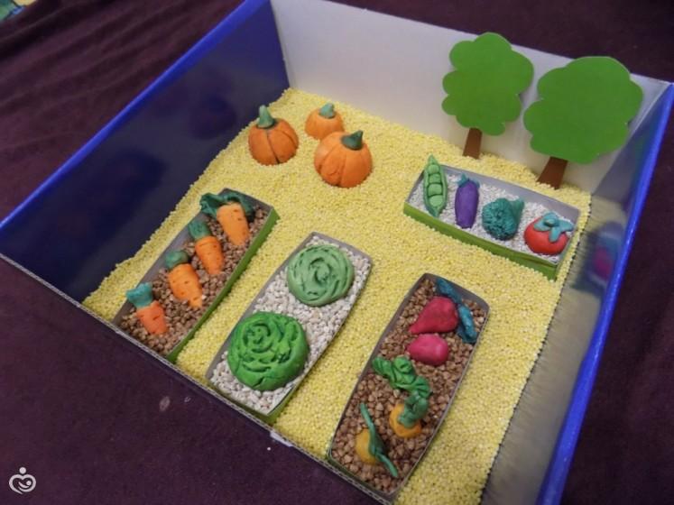 Сенсорная коробка для ребенка своими руками 894