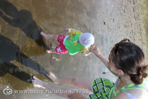 Фото с поездки на Горькое)) Доча накупалась)))