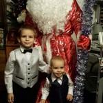 Дед Мороз и мальчишки