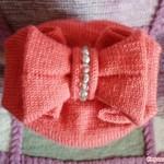 Онлайн вязание шапки с бантом.