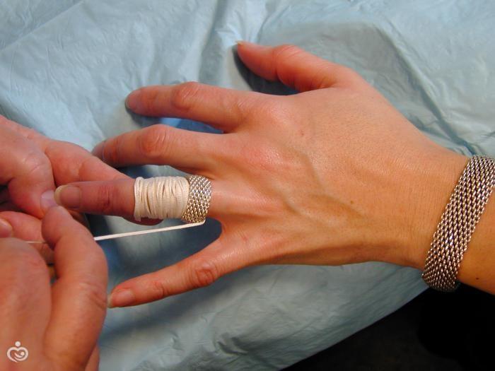 Можно ли снимать обручальное кольцо на ночь
