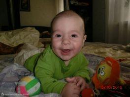 счастье это когда малыш улыбается и пищит от радости!